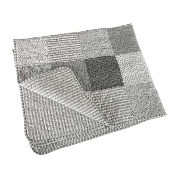 Keepsake baby gray quilt